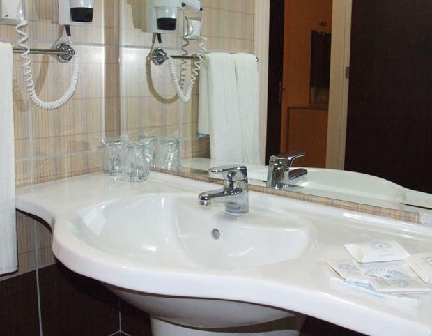 divaisib-termal-standartoda-banyo